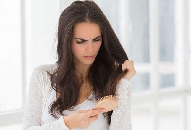 علتهای ریزش موی زنان
