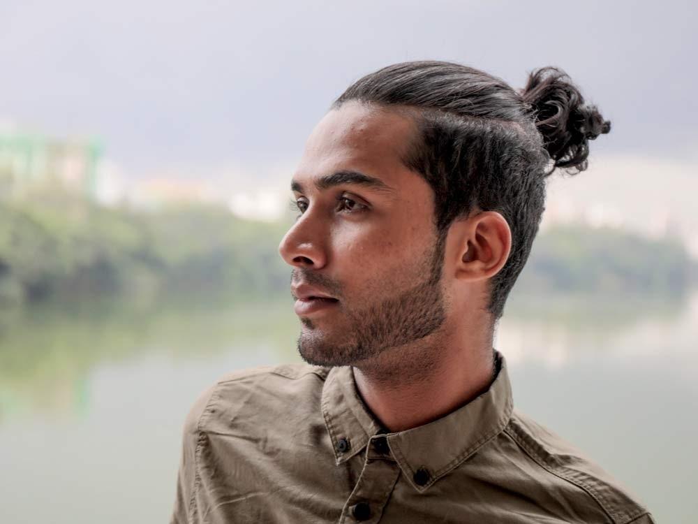 از بستن موها و برخی از مدلهای مو خودداری کنید